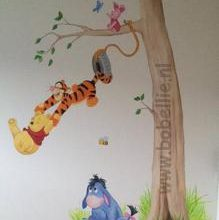 Muurschildering Winnie the Pooh and friends